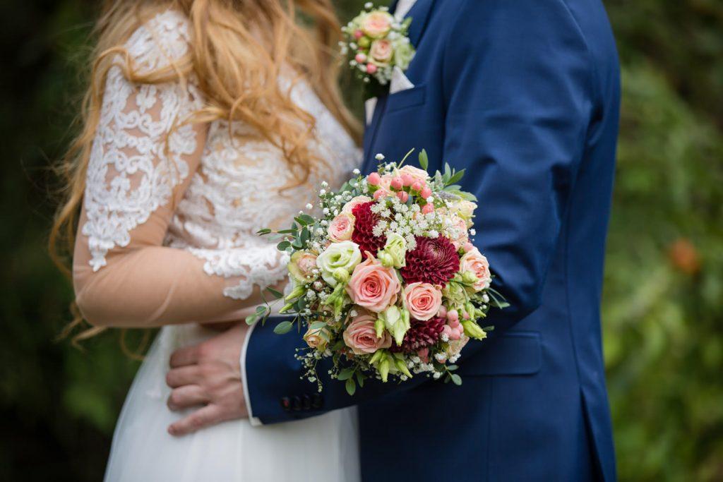 Hochzeit im Farbkonzept Apricot