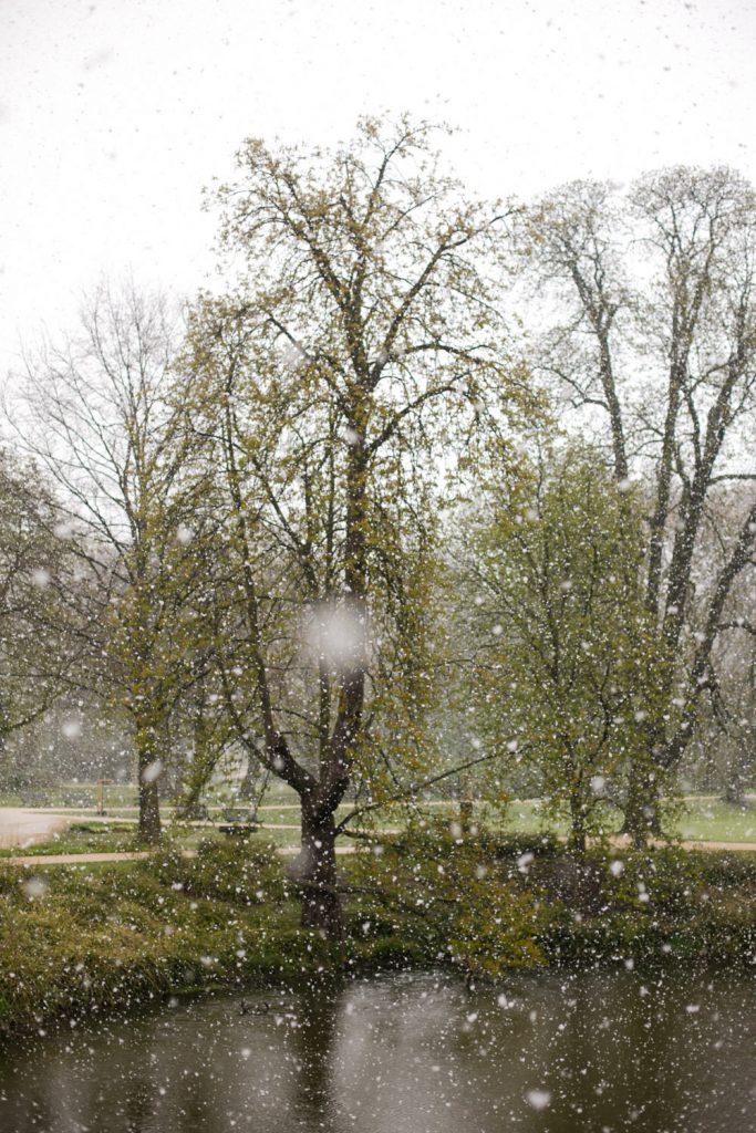Hochzeit im April mit Schnee