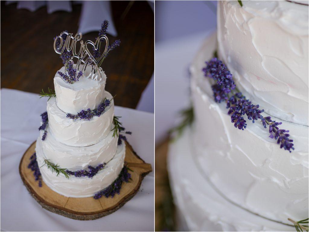 Hochzeitstorte Lavendel Farbkonzept